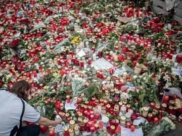 En recuerdo de las víctimas del terrorismo (23-12-2016)