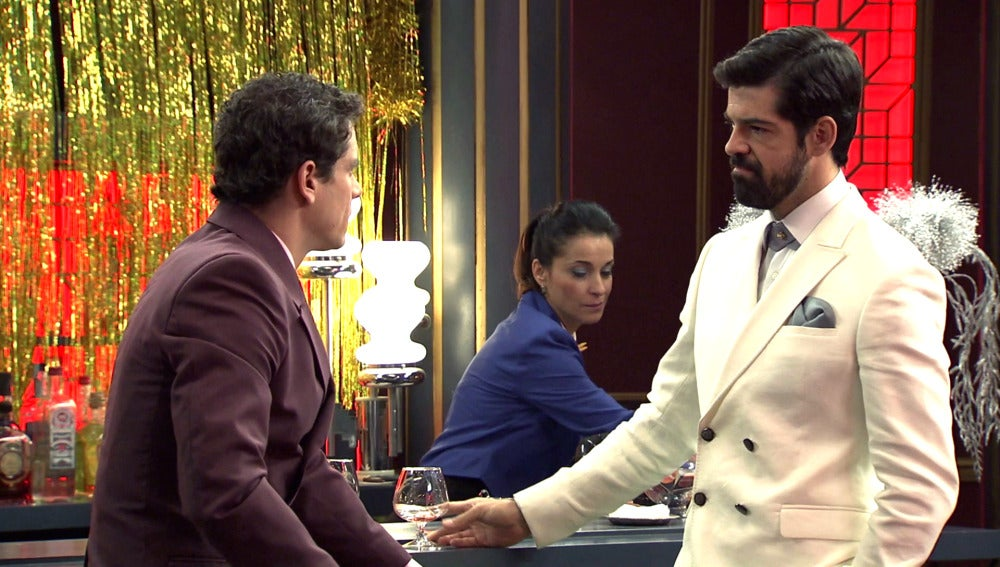 """Rafael confiesa su amor por Marta: """"He perdido, Alonso has ganado"""""""