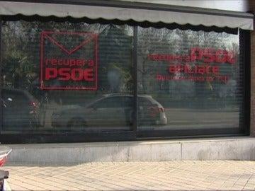 """Frame 4.506959 de: Una sede socialista """"alternativa"""" situada a pocos metros de la oficial de Ferraz"""