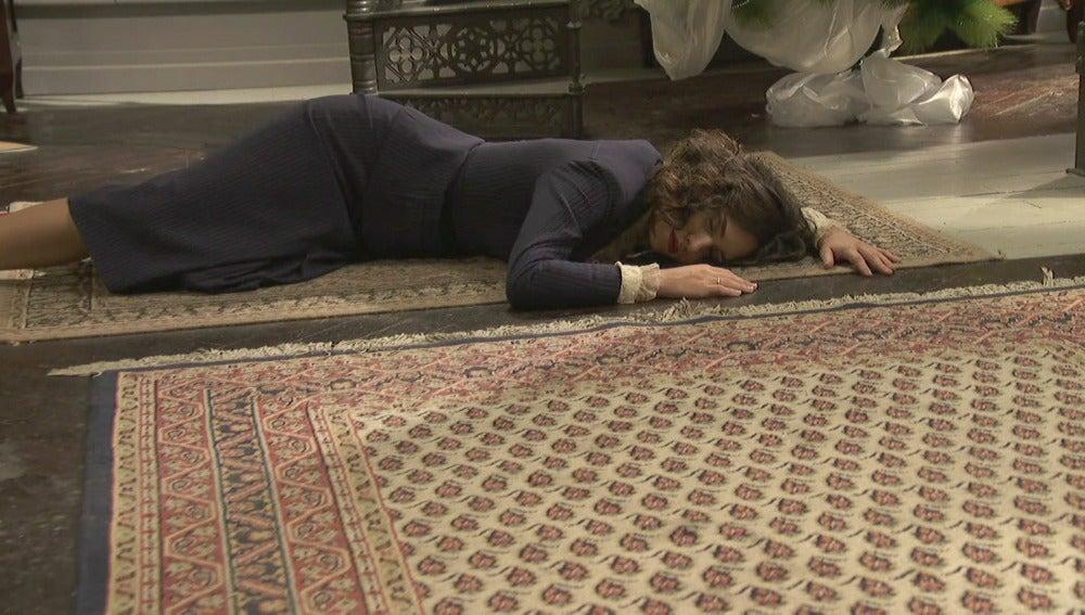 Una débil Camila cae al suelo fulminada, ¿sobrevivirá su hijo?