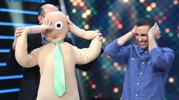 Jeff Toussaint transforma a Canco Rodríguez en un muñeco de trapo