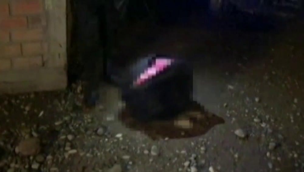 Frame 8.155252 de: Encuentran el cuerpo de una niña de 8 años dentro de una maleta en Perú