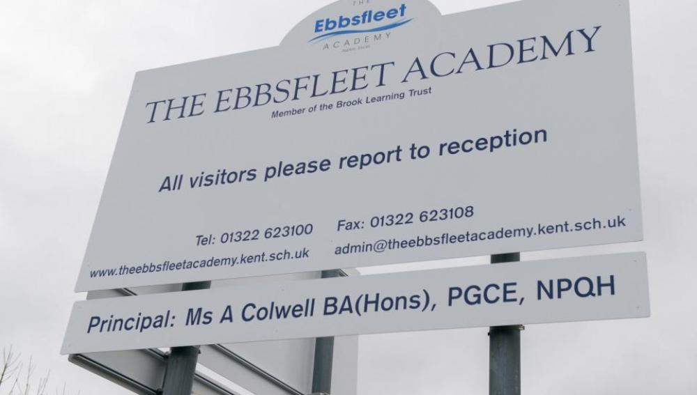 Cartel de The Ebbsfleet Academy