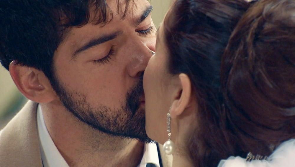 Marta y Alonso continúan con la boda a pesar de las circunstanciasMarta y Alonso continúan con la boda a pesar de las circunstancias