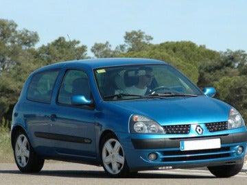 Renault Clio antiguo