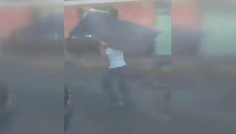 Frame 8.992487 de: Más de 250 detenidos por saqueos en establecimientos comerciales en México