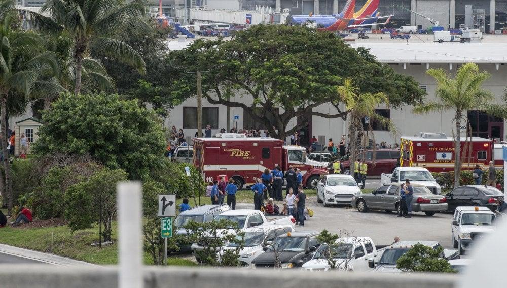Ambulancias en el Aeropuerto Internacional de Fort Lauderdale