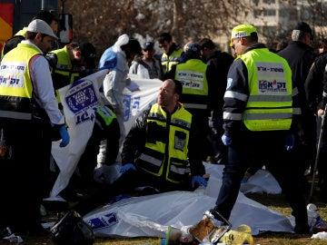 Un camión arrolla a varias personas en Jerusalén