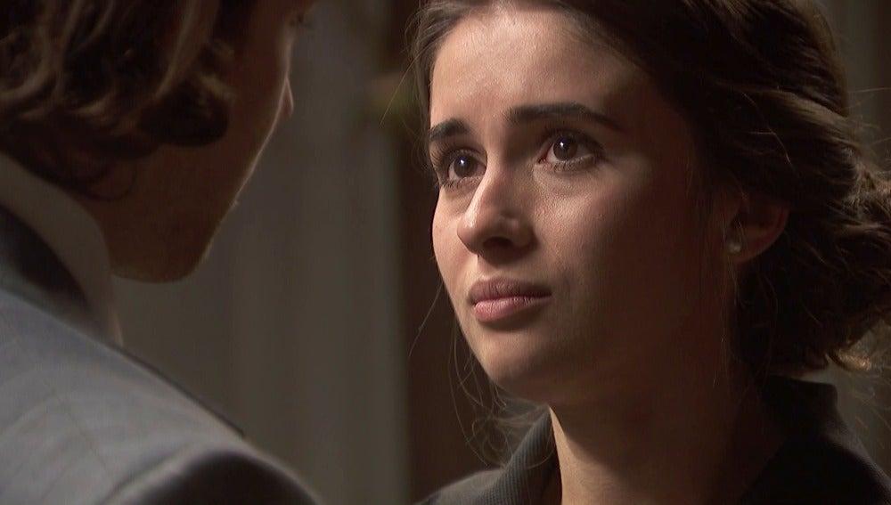 Beatriz confiesa no poder controlar sus sentimientos hacia Ismael