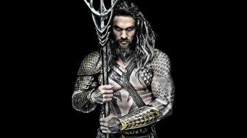 Jason Momoa caracterizado de Aquaman