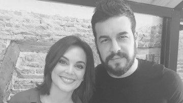 Mónica Carrillo y Mario Casas