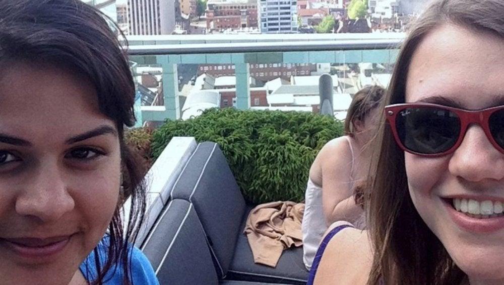 Lucy Walker y Zara Quli