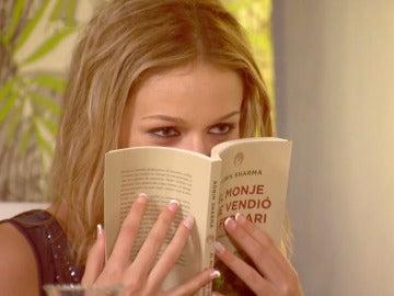 El regalo de Jordi 'lleno de poder' que enamora a Mónica aunque no lo entienda