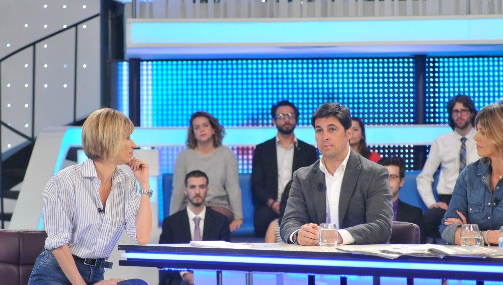Susanna Griso junto a Fran Rivera en Espejo Público.