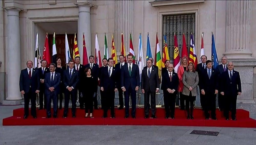 Frame 16.272913 de: La Conferencia de Presidentes más negociada, ante reto de cumplir sus pactos
