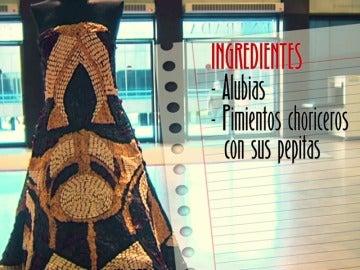 Frame 5.069349 de: Réplicas exactas de grandes vestidos realizados con hortalizas