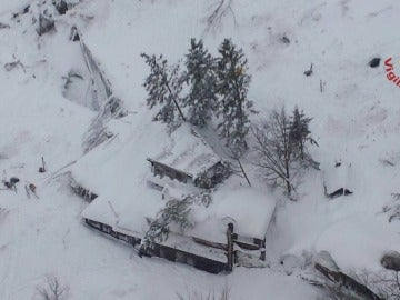 El estado del hotel en Italia tras el alud provocado por el terremoto