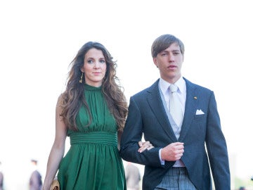 El príncipe Luis de Luxemburgo y su mujer Tessy