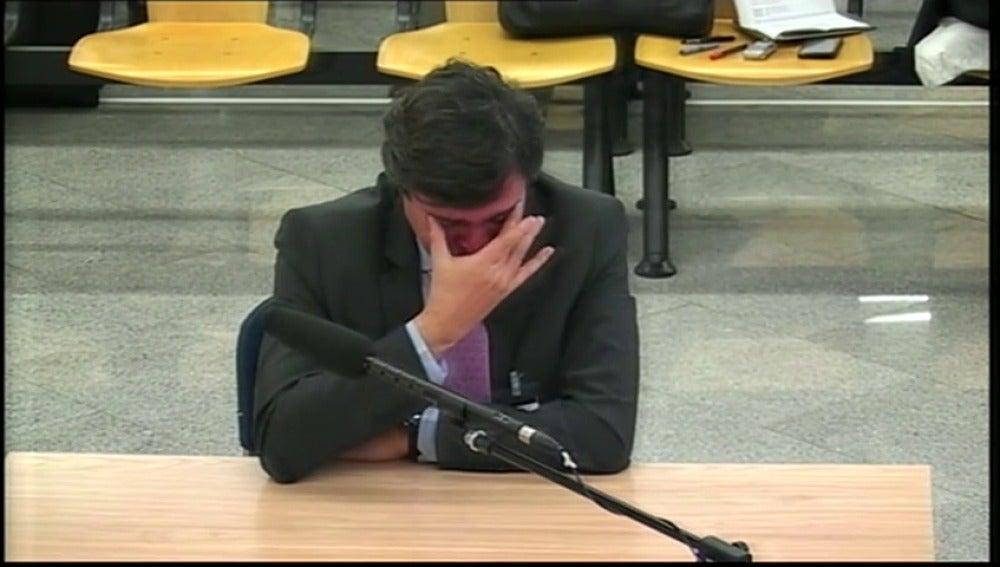 Frame 70.793802 de: López Viejo ha negado el cobro de comisiones y ha adoptado un tono desafiante ante el tribunal