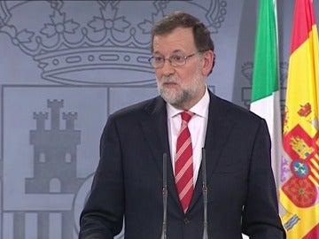 """Frame 24.162397 de: Rajoy espera que Fiscalía pruebe falsedad de palabras """"preocupantes"""" de Vidal"""