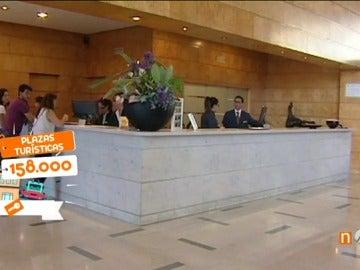 Frame 88.485 de: Barcelona aprueba su plan de alojamientos turísticos que incluye una zona en la que no se pueden abrir nuevos establecimientos