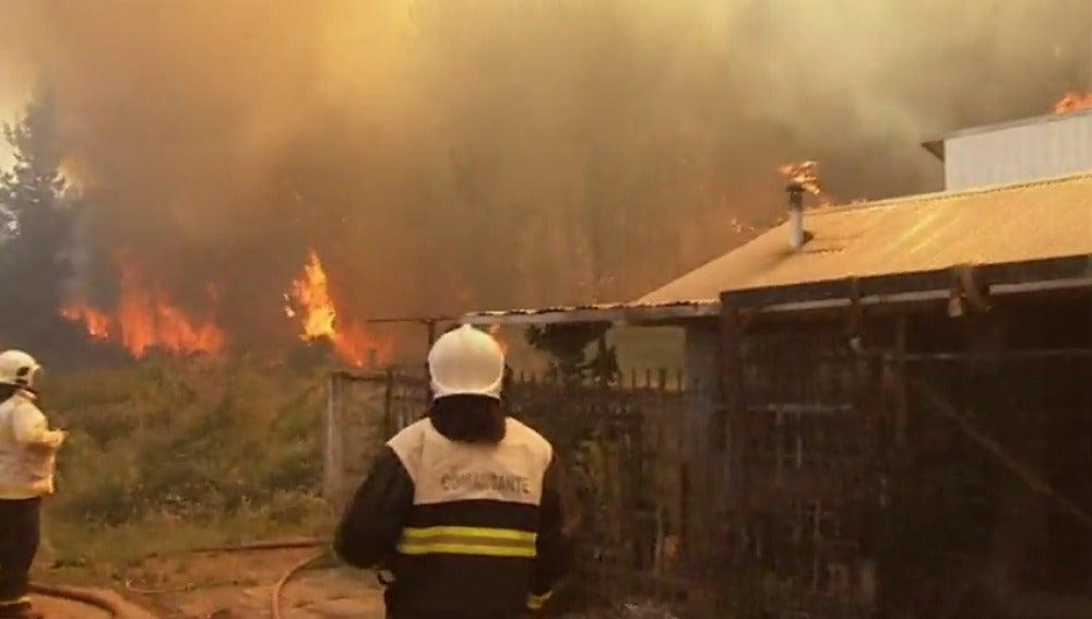 Frame 58.890962 de: La UE envía ayuda a Chile para combatir los incendios forestales