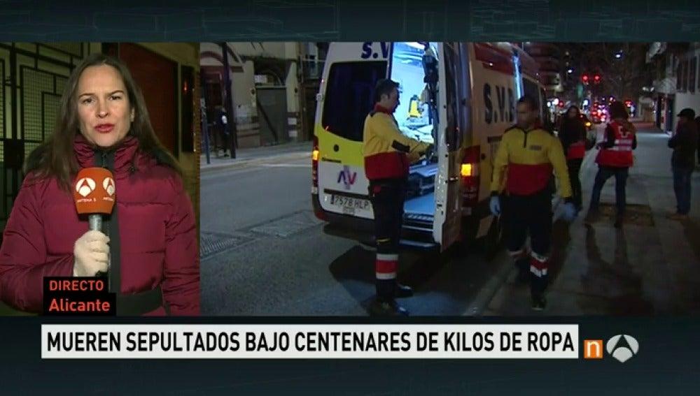 Frame 57.244784 de: Mueren un matrimonio y su hija de 12 años en Alicante aplastados por cientos de kilos de ropa