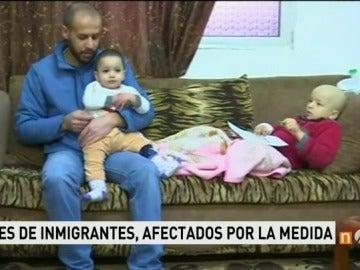 Frame 44.363098 de: El veto de Trump a siete países afectará a miles de familias que viven en Estados Unidos