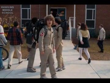 Frame 12.780357 de: Netflix anuncia la fecha del estreno de la segunda temporada de 'Stranger Things'