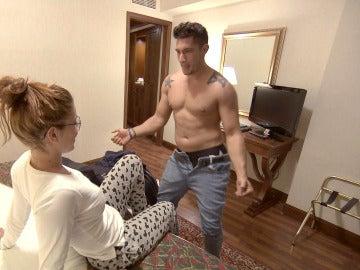 El striptease de Juan Diego con el que conquistó a Samantha