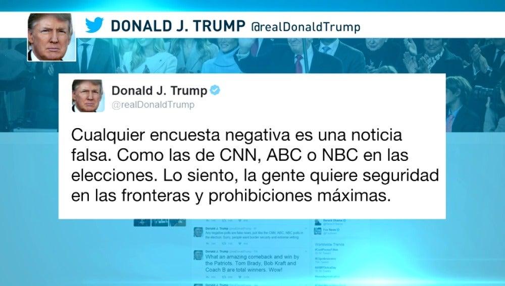 """Frame 10.609777 de: El presidente de Estados Unidos considera """"noticias falsas"""" los sondeos negativos sobre su veto migratorio"""