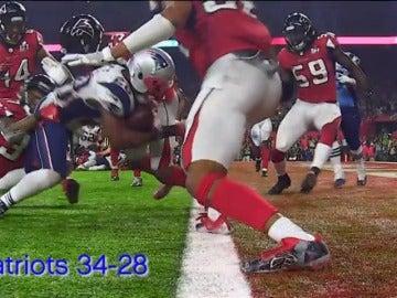 Frame 97.29781 de:  Las mejores imágenes de una Superbowl histórica entre los Patriots y los Falcons
