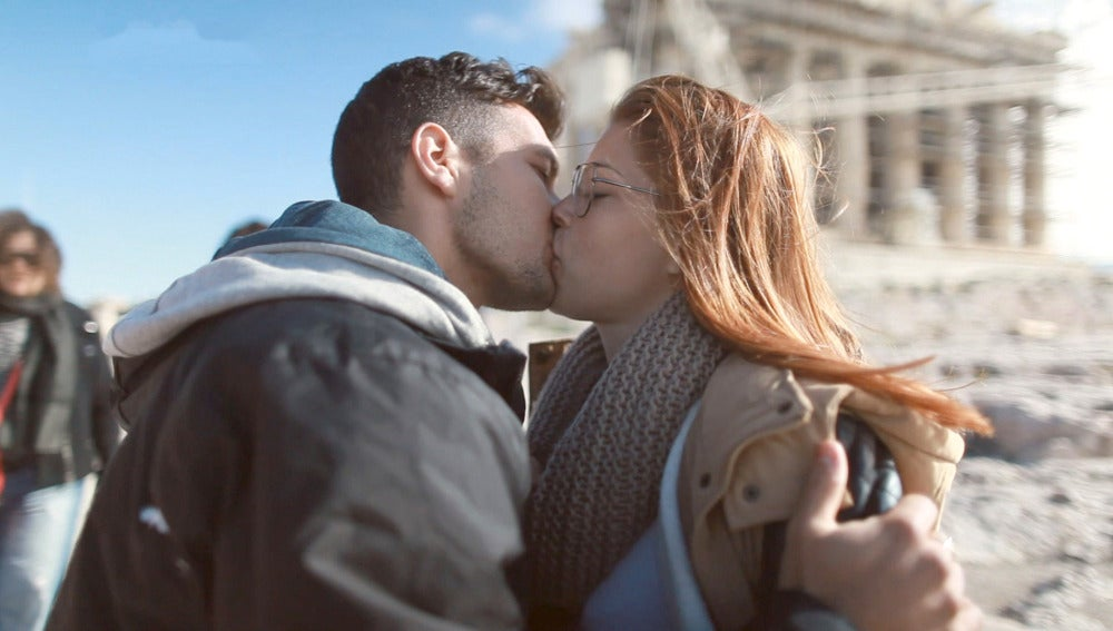 El romántico poema de Juan Diego para conquistar a Samantha