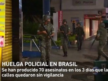 Frame 8.059274 de: Oleada de asesinatos y asaltos en medio de una huelga policial en Brasil