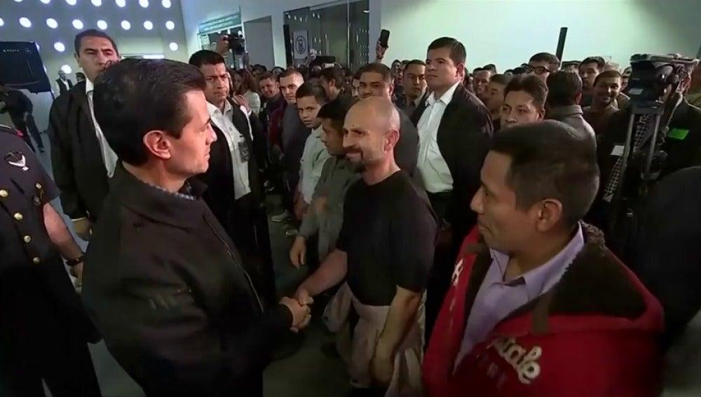 """Frame 0.0 de: Peña Nieto confía en """"lograr buenos acuerdos"""" con EEUU siempre que se parta desde """"el respeto mutuo"""""""