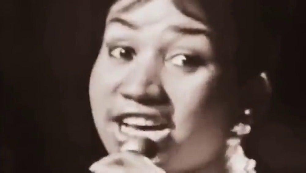 Frame 57.626268 de: La diva del soul Aretha Franklin anuncia que se retira de la música en vivo tras 56 años de carrera