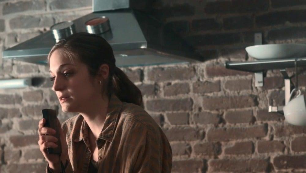 """Frame 15.558266 de: Lara: """"Rodrigo eres un cabrón, hoy me despido de ti"""""""