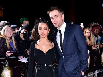 Robert Pattinson y FKA Twigs