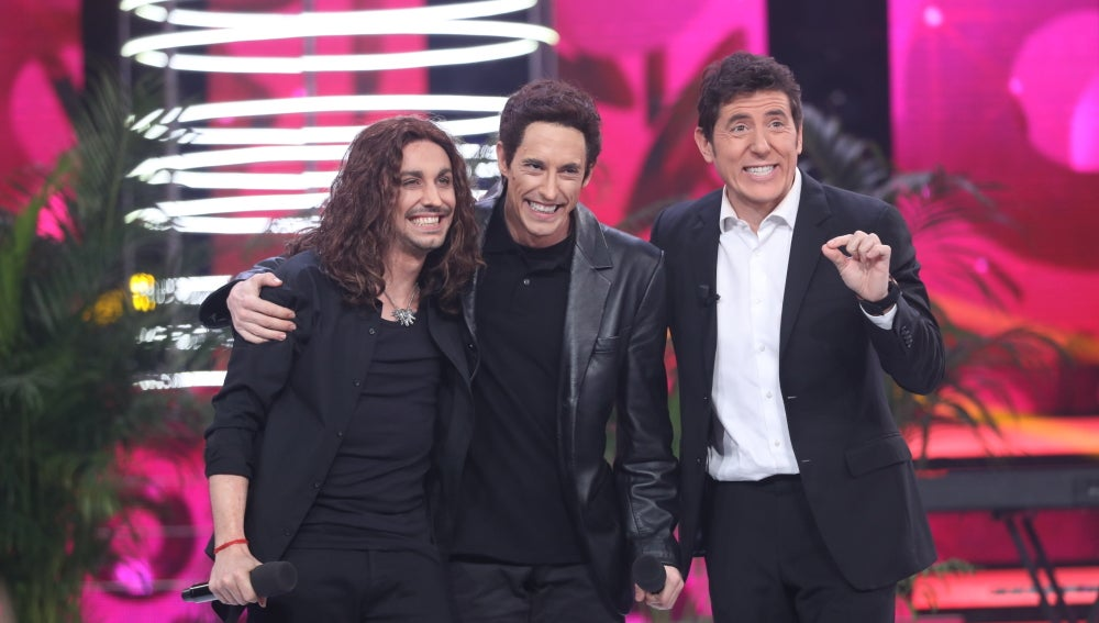 """Lolita a Canco: """"Adrián Lastra ha mejorado tu actuación"""""""