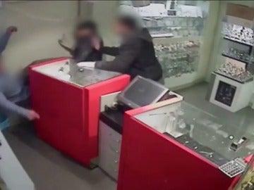 Frame 40.055495 de: Desarticulada una banda criminal que realizaba atracos violentos en joyerías de Cataluña y Madrid