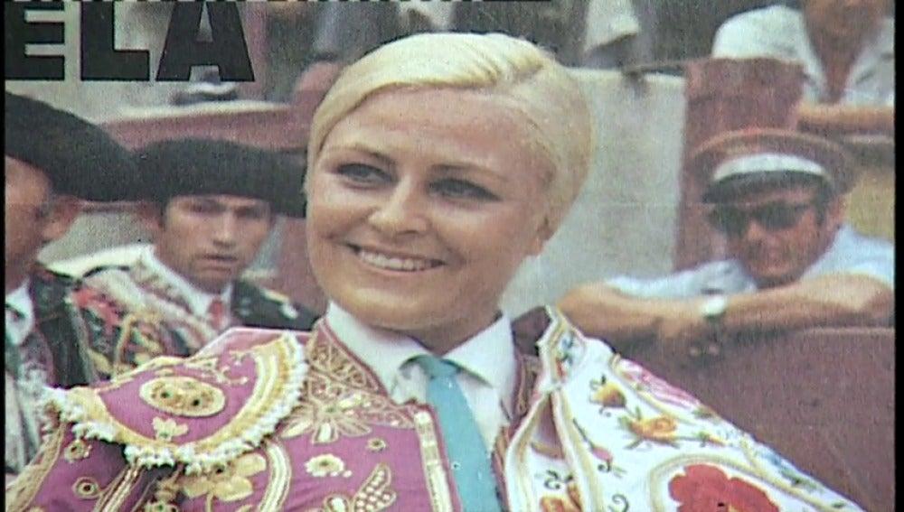 Frame 7.053449 de: Muere la torera 'Angela', la primera mujer española que se adentró en el mundo de los toros