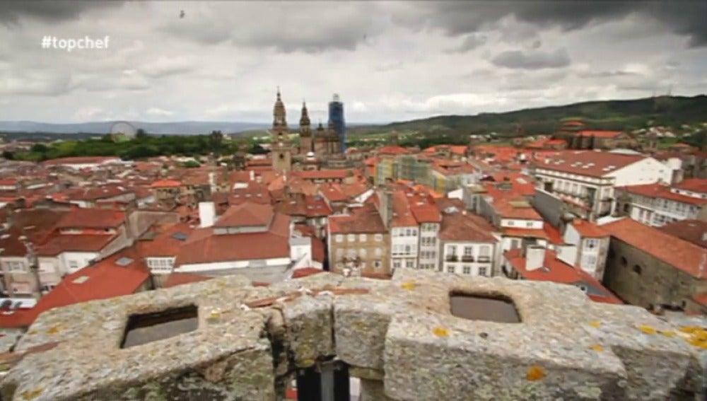 Frame 3.7537 de: Santiago de Compostela recibe a 'Top Chef'