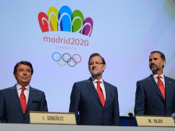 Rajoy, el Rey Felipe VI e Ignacio González, en el último intento de convertir a Madrid en ciudad olímpica