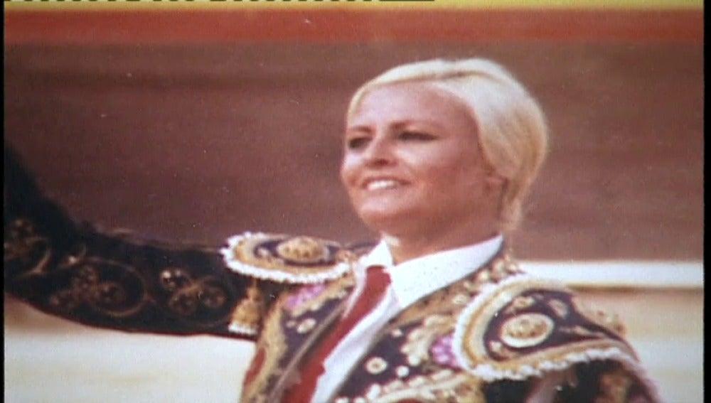 Frame 10.595024 de: Muere la torera 'Angela', la primera mujer española que se adentró en el mundo de los toros