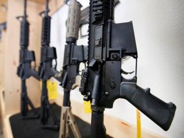 La Guardia Civil de Cáceres subasta armas