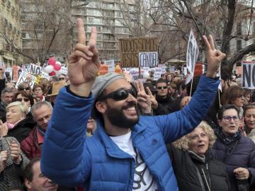 Protesta en Granada en defensa de la sanidad
