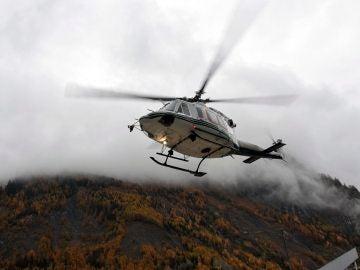 Un helicóptero de rescate en el Valle de Aosta