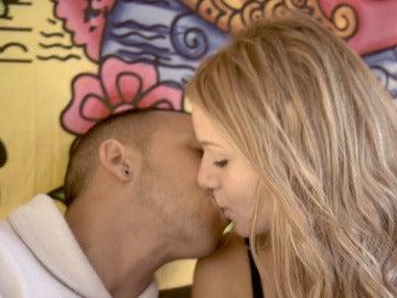 Jordi sorprende a su 'love' por su cumpleaños