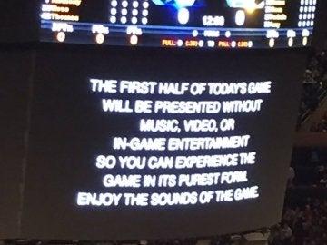El mensaje del MSG antes del partido de los Knicks contra los Warriors