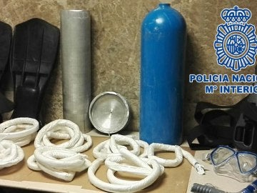 Material en el que se pretendía introducir la cocaína en Barajas